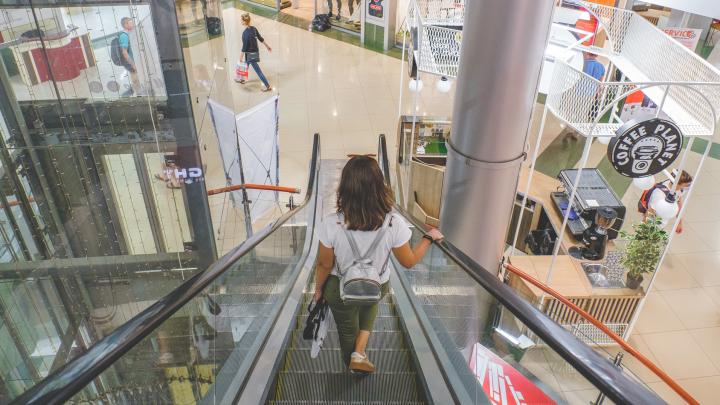 Пока без фуд-кортов и кино: как в Перми заработали торговые центры