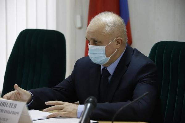Сергей Цивилёв заявил, что медицинская помощь будет оказываться в новогодние праздники в полном объеме