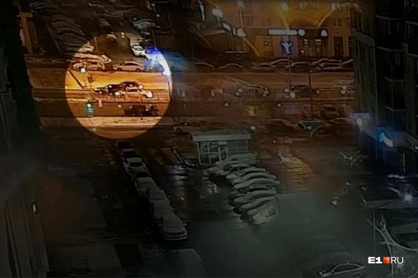 Конфликт произошел недалеко от торгового центра «Академический»