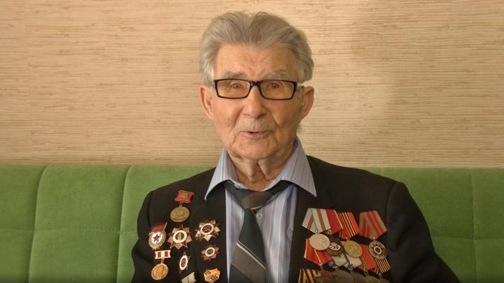 В Самаре ветераны записали на видео стихотворение о памяти и чести