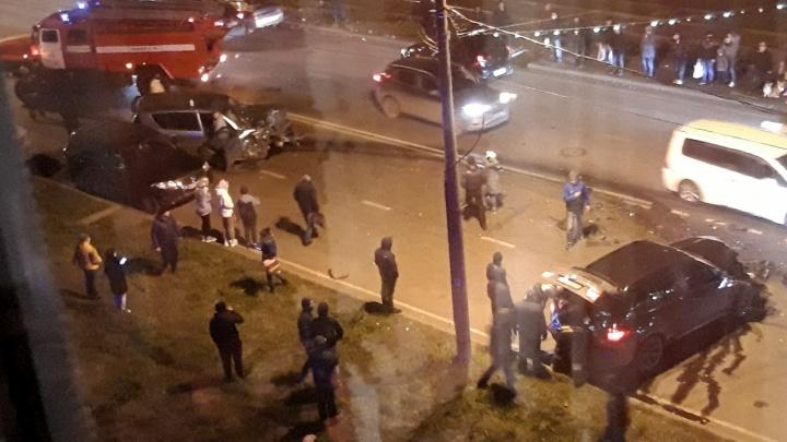 Люди бросились помогать: подробности лобового ДТП в Ярославле