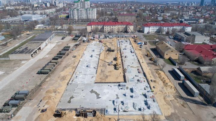 «Роскосмос» показал стройплощадку волгоградского госпиталя для пациентов с коронавирусом из космоса