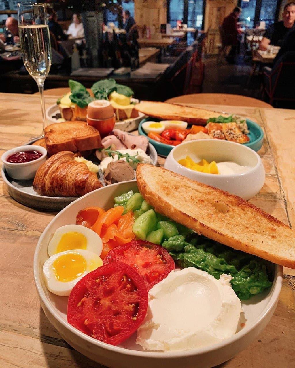 Таким завтраком можно и пообедать