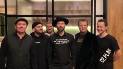 «А знаешь, все еще будет»: UMA2RMAN на карантине трогательно исполнила уже народный хит Пугачевой