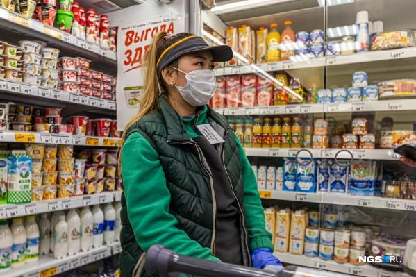 Новосибирцы отправились по магазинам за несколько часов до того, как постановление губернатора вступило в силу