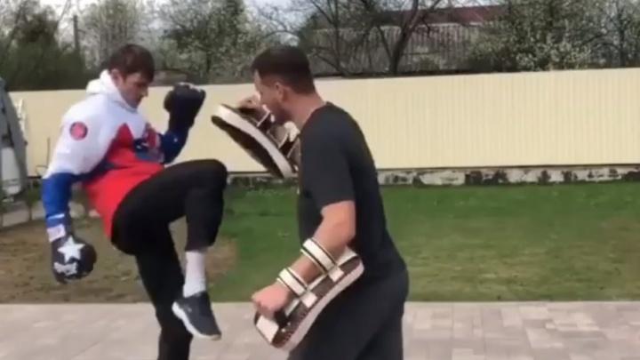 «Ты даже руку не приматывай, Мага»: Николай Наумов готовится к поединку с бойцом ММА