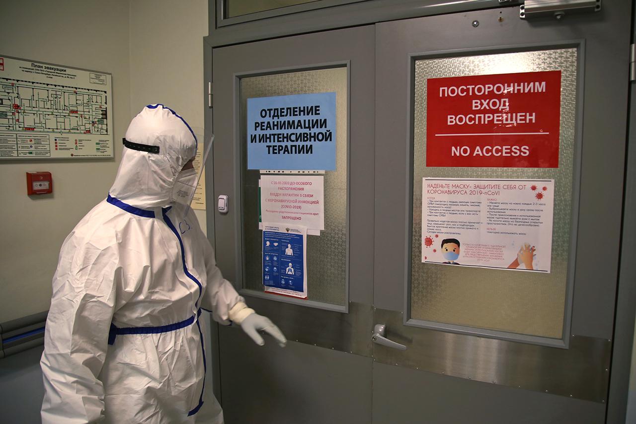 работа Мариинской больницы в период пандемии коронавируса<br><br>автор фото Павел Каравашкин / «Фонтанка.ру» / архив<br>