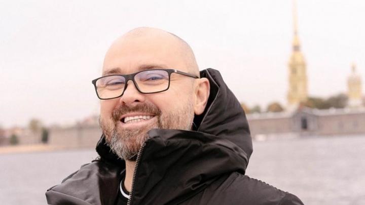 «Хочу веселые похороны»: экс-мэр Александр Донской попросил придумать для него смешное надгробие