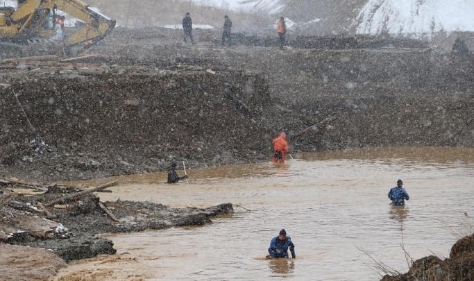 Красноярские спасатели закончили поиск тел золотодобытчиков