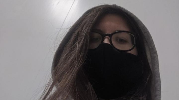 «Прописали арбидол и народные средства, две недели жду тестов»: волгоградка 40 дней дома борется с коронавирусом