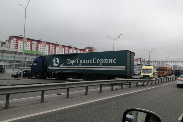 Авария произошла сегодня в районе рынка «Михайловского»