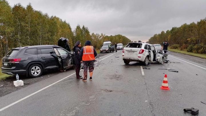 Водитель уснул за рулем. В Голышмановском районе столкнулись две иномарки, есть погибший