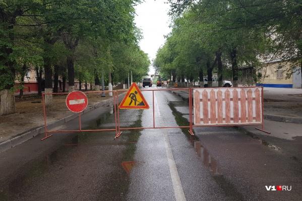 Автомобилистам придется разворачиваться и петлять по дворам