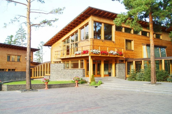 Гостиница построена в стиле шале