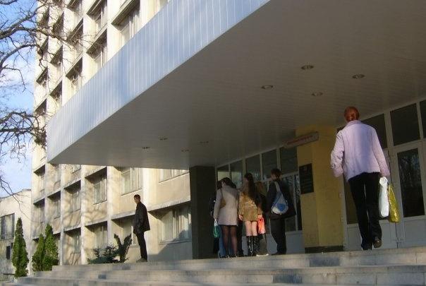 Студентов Ростовского медуниверситета отправят к пациентам с подозрением на коронавирус