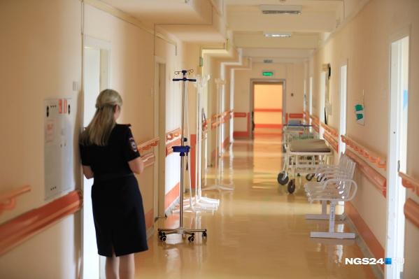 В больнице снова разворачивают инфекционный госпиталь