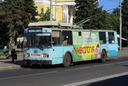 """«Заменили """"Теслу"""" на """"Жигуль""""»: как транспортный скандал в Рыбинске ударит по троллейбусам"""