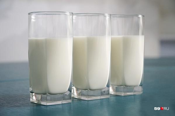 Cейчас молоко не выдают