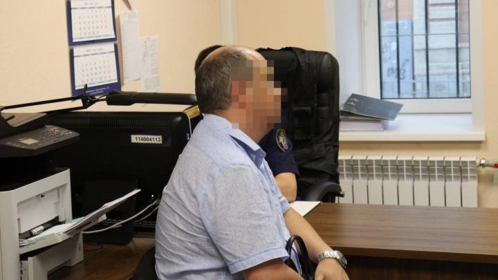 В Нижнем Новгороде двух полковников ФСИН подозревают в получении откатов