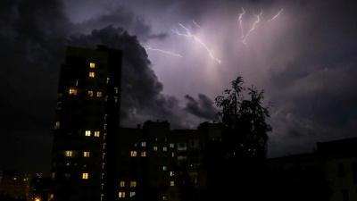 На Нижегородскую область вновь обрушатся грозы и град