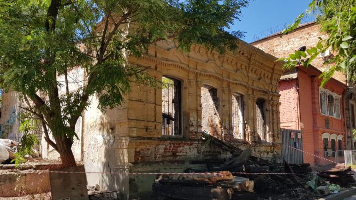 «Хочется сохранить исторический облик»: в Волгограде вынесли всю «внутрянку» дома-памятника