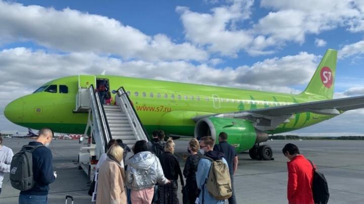 «Турбина вразнос пошла»: пассажир аварийно севшего в Кольцово самолета — о поломке и поведении людей