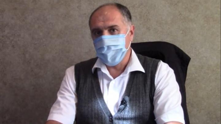 Врач азовской ЦГБ умер от коронавируса. Еще трое слегли с температурой 40
