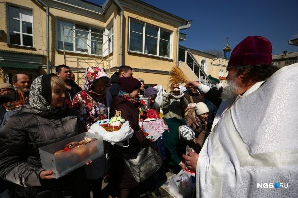 Андрей Травников обратился к верующим новосибирцам накануне больших религиозных праздников