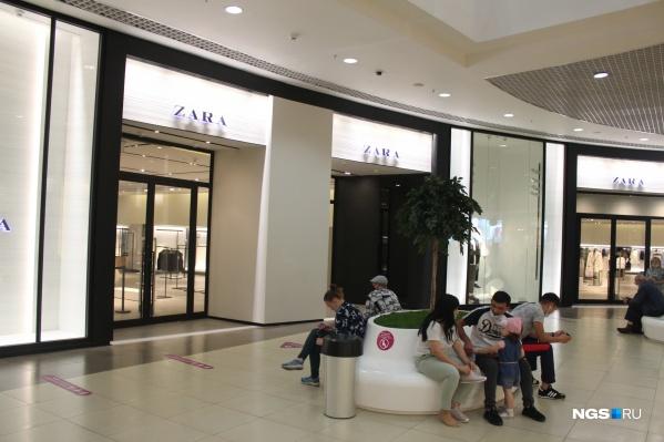 Zara в «Галерее Новосибирск» не смогла открыться к обеду