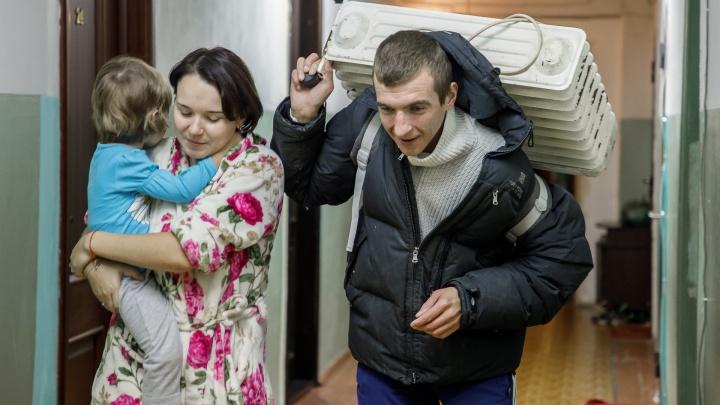 Чтобы не простужались: в Волгограде отопительный сезон продлен на неопределенное время