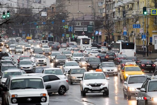 Многие компании уверены, что будет спад спроса на такси под Новый год