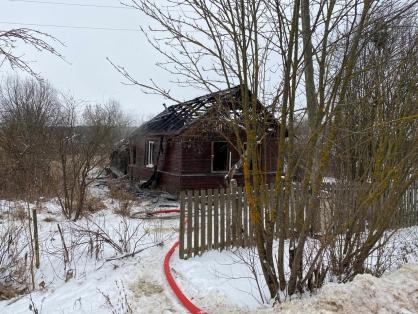 В Ярославской области в огне погибли мужчина и женщина
