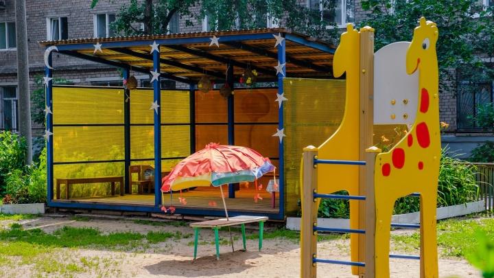 Дежурные группы в детсадах Прикамья смогут посещать ребята из многодетных семей и другие льготники