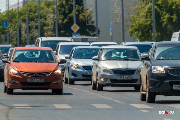 Чиновники предлагают разделить транспортные потоки