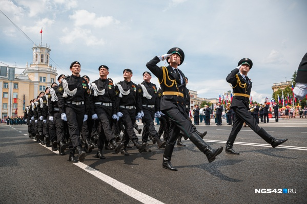 Торжественные шествия с военной техникой пройдут 9 мая в трех городах Кузбасса