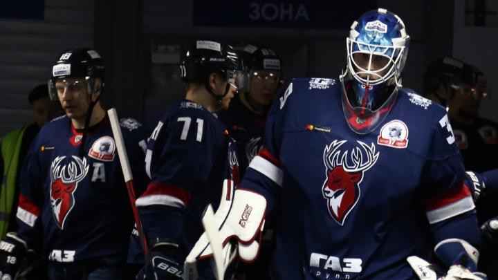 У четырёх хоккеистов «Торпедо» выявили коронавирус. Матч с рижским «Динамо» перенесли