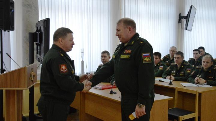 В Самаре командарму Колотовкину вручили погоны генерал-лейтенанта