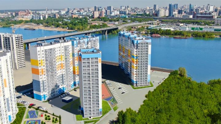 В морском стиле: показываем два больших детских городка в одном из новосибирских жилых комплексов