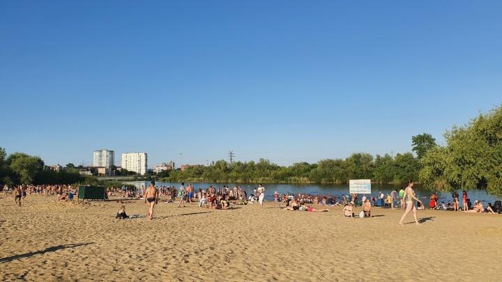 Курганцам разрешили купаться на Голубых озерах и на бульваре Солнечном