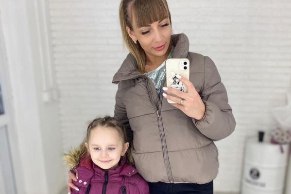 В Красноярске 6-летний ребенок заразился коронавирусом, мама девочки рассказала, как это могло случиться