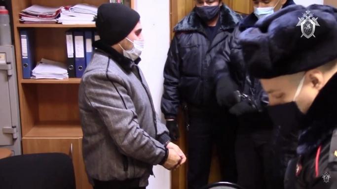 Настаивали на домашнем аресте: в Волгограде участников ссоры в чате привезли в суд