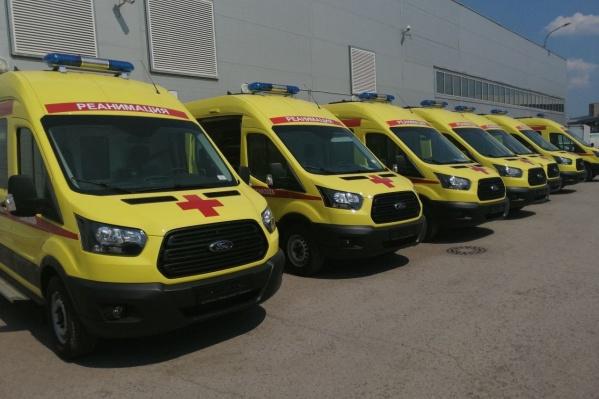 20 карет развезли по больницам