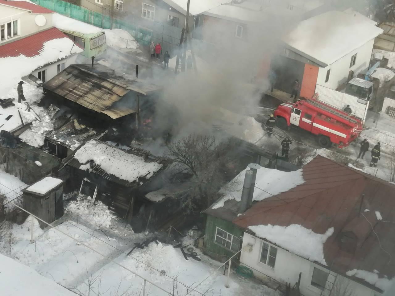 На борьбу с огнём ушёл час, теперь предстоит выяснить причину пожара