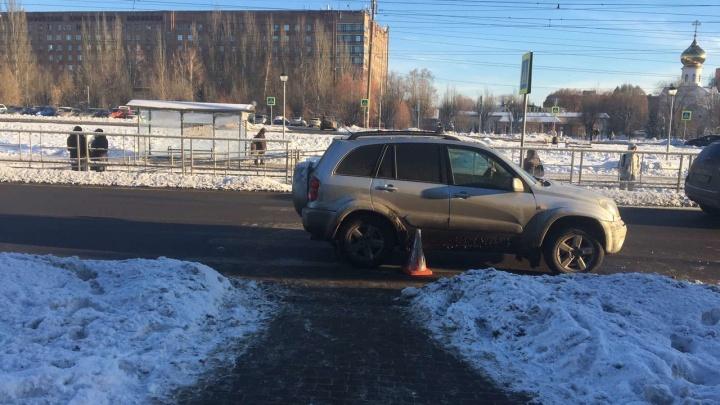 В Самаре внедорожник сбил четырех человек на пешеходном переходе