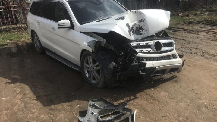 Суд обязал «Росгосстрах» выплатить страховку за разбитый «Мерседес» — прежде водителя машины обвиняли в мошенничестве