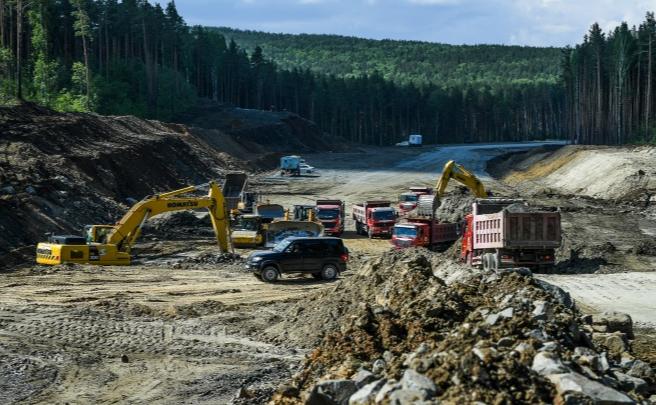 Благодаря Путину последний участок ЕКАД построят на год раньше