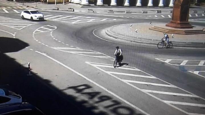 Каждый третий — нарушитель: в Волгограде посчитали, сколько велосипедистов ездят по ПДД
