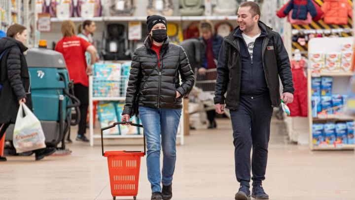 Челябинским ТРК пригрозили закрытием за несоблюдение масочного режима