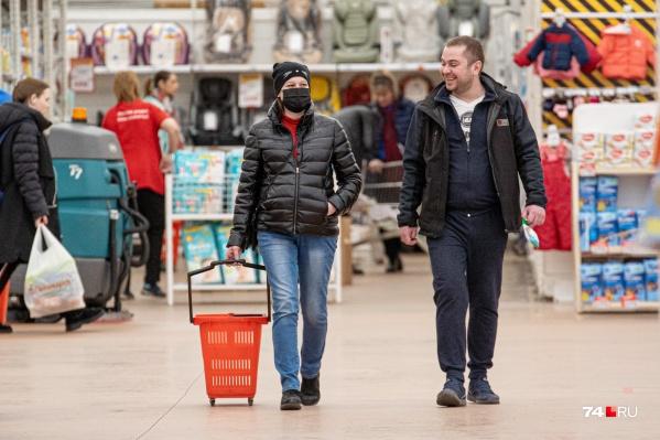 Пандемия продолжается более полугода, но до сих пор не все научились носить маски в общественных местах