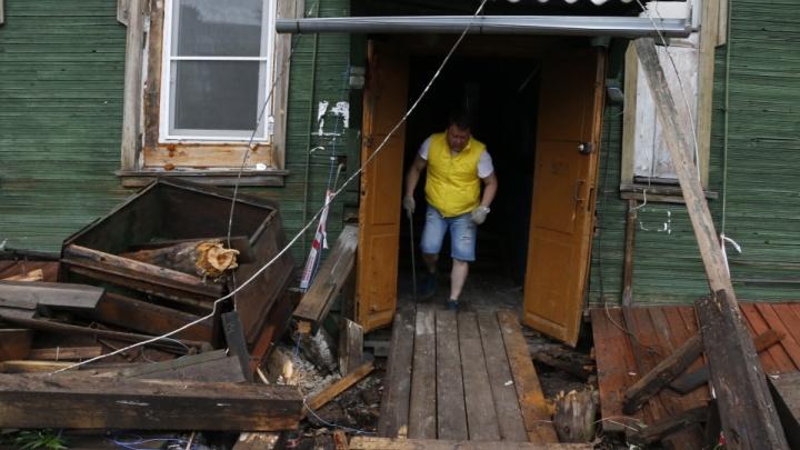 Домами, сошедшими со свай 9 июня, заинтересовался следком региона. Проводится доследственная проверка